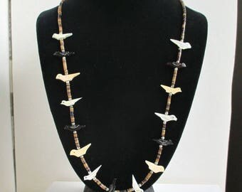 "Vintage Southwest Carved Bird Necklace - 26"" Long, Fetish Style"
