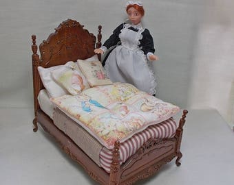 Dolls house miniature Bespaq Children's / Nursery Beatrix Potter Fabric Bed (pink)