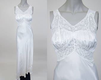 Vintage 50s Lingerie / 1950s White Rayon Charmeuse and Lace Long Nightgown XS S