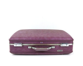 Purple American Tourister Suitcase / Vintage Luggage / Pink lining
