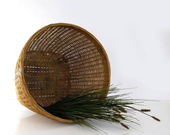 Large vintage basket, Tall woven basket, Magazine rack, Blanket storage, Planter