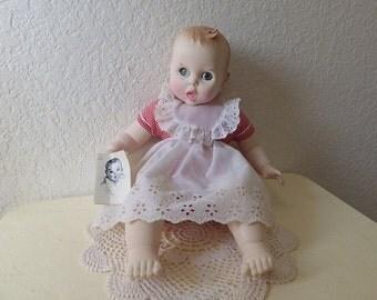 Vintage Gerber Baby Doll, Unused. Atlanta Novelty Co. 1979. All original. Clean. Tagged.