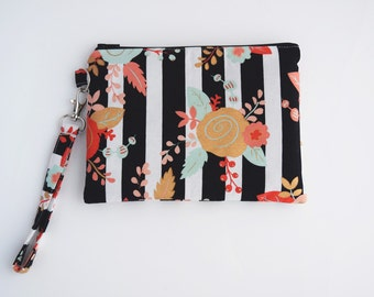 Cell Phone Wristlet with Inside Pockets, Floral Purse, Christmas Gift for Her, Handmade, Ready to Ship