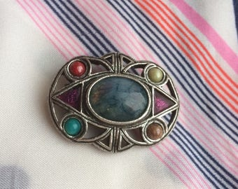 Vintage unsigned MIRACLE Faux Agate Celtic Brooch