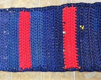 navy and red striped upcycled rectangle tshirt rug bath mat