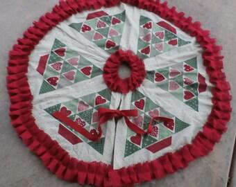 French Grainsack Red Burlap Ruffled Trim Christmas Tree Skirt--36 inches diameter