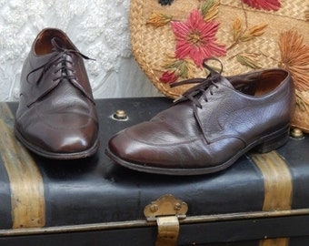 70% OFF MOVING SALE Awesome Vintage-- The Florsheim Shoe ---Mens Rich Chocolate Dress Shoe----50S Mad Men--Size 12 D