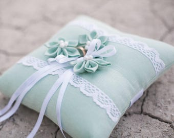 Mint ring pillow - ring bearer pillows -  linen ring pillow - mint wedding ring cushion - floral rings pillows - linen lace ring cushion