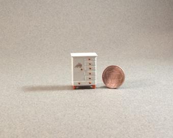 Quarter Inch Scale Baby Chifferobe