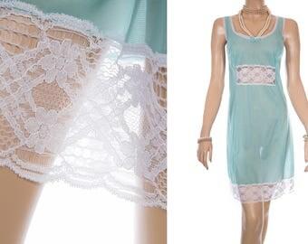 Elegant sheer silky soft pretty deep aqua nylon and delicate white lace bodice and hem detail 1970's vintage full slip petticoat - PL1673