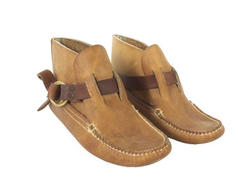 Vintage Quoddy Ring Boots // Women's size 8 // Handmade Moccasins // Early Quoddy Shoes