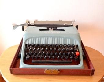 Mid Century Olivetti Studio 44 Manual Typewriter
