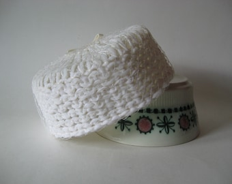 Lovely white netted pillbox Union Label vintage ladies' hat mod 60s retro madmen chapeau wedding attire