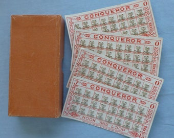 Original Box of 4 Cards of Conqueror Hooks and Loops  - Vintage - N