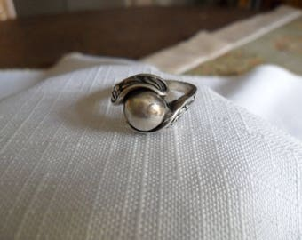 Antique Steling Silver Ball Ring Size 6.5