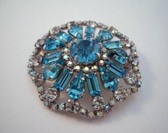 Aquamarine round rhinestone brooch