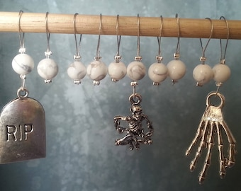 Exhumed Set of 10 snag free stitch markers White howlite