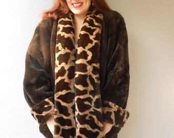 Vintage 1980s OLEG CASSINI faux fur plush winter coat, size Medium / Large