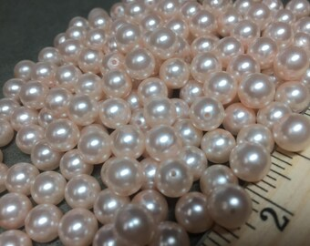 Lot of 180 Pale Pink Vintage Costume Jewelry Beads from broken necklace - 2 3/8 Ounces