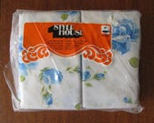 Vintage 70's Style House Double Sheet and Pillowcases Set - NOS - Blue Roses - 70's Bedding - Double Bedding - Cottage - Double Bedsheet Set