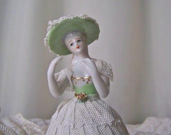 Vintage Porcelain Lace Figurine Victorian Porcelain Lady Southern Belle Vanity Doll Porcelain Lace Figurine Gift for Mom Vintage 1950s