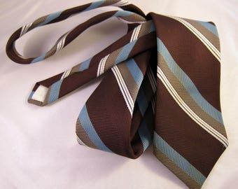 Skinny Tie | 1960s Mens Tie | 1970s Mens Tie | Mad Men Skinny Tie | Vintage Skinny Tie | Vintage Necktie | Mad Men Party | 1960s Necktie