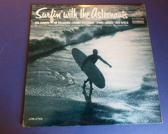 Surfin' With The Astronauts Vinyl Record LPM-2760 RCA Victor Dynagroove 1963 Rare