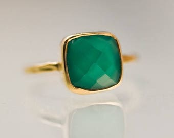 40 OFF - Cushion Green Onyx Ring Gold - Solitaire Ring - Green Stone Ring - Stacking Ring - Gold Ring- Cushion Cut Ring
