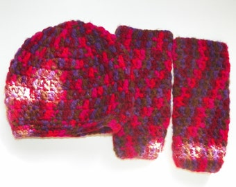 Childs Leg Warmer Set Red Baby Leg Warmers and Hat   Set Size is 3M-4Years