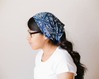 Navy Floral Short Stretch Knit Headcovering   Women's Headcovering Veil