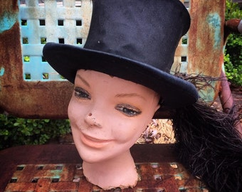 She's A Real Looker Vintage Decayed Mannequin Head