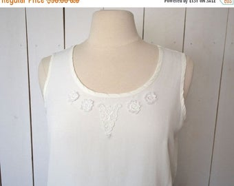 Flash Sale 25% Off Floral Lace Blouse Early 90s Loose Fit Boxy Tank Top Vintage White Cami Boho Folk Blouse Medium