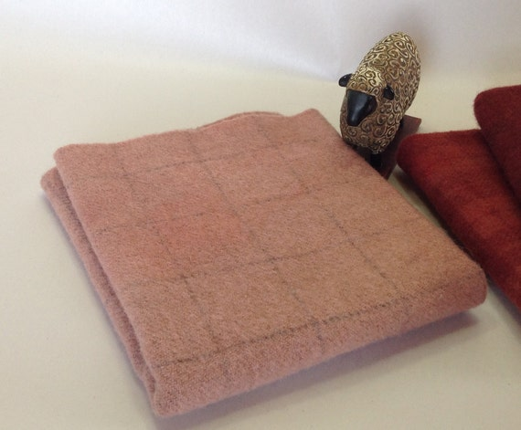 Light Ashes of Roses, Hand Dyed Wool Fabric, Fat 1/4 yard, Rug Hooking & Appliqué Wool,  W285, Dusty Salmon, Grayed Warm Pink; LAST ONE