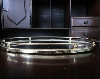 Meilleur prix, pièce Unique, plus difficile à trouver plateau miroir de style vintage commode ovale. Excellent état.