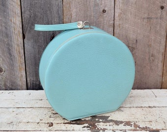 Vintage Round Light Blue Travel Case Handbag Purse Overnight Bag Makeup Hat Ballet Case Blue Green Aqua Carry On Child's Doll Suitcase