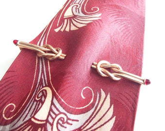 1950s Anson Tie Bar Goldtone Unique Design Double Square Knot with 2 Faux Rubies Necktie Clip for Wide Tie Very Good Condition