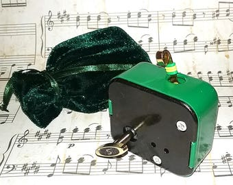 18 Note Music Box Movements  - Custom Colors - Lots of New Songs