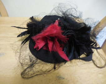Vintage 1940s Black Felt Pillbox Hat by New York Creations Netting Red and Black Feathers Art Deco Era Chin Strap