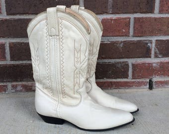 vtg 70s ACME cream leather COWBOY BOOTS 6 western stitched lambskin leather boho hippie heels shoes womens