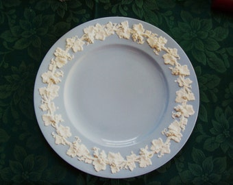 Wedgwood plate, Wedgwood of Etruria and Barlaston Queens Ware plate, made in England