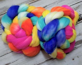 Neon Rainbow 4oz Superfine 18.5m Superwash Merino Wool Spinning Fiber Combed Top Roving