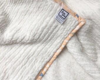 Chenille Baby Blanket / Newborn Photo Blanket / Minky Baby Blanket, Neutral Baby Blanket, Chenille Blanket, New Baby Gift, Baby Girl Blanket