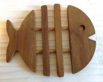 Wood Fish Trivet.   Vintage 1970 Modernist. Mod, Mid century, Danish Modern, Eames era.