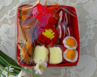 Adorable Japanese Fabric Bento Box, hand-crafted, sushi, rice, tempura, pickled veggies, collectible miniature