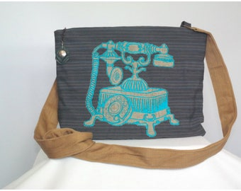 Teal Zippered Telephone Purse