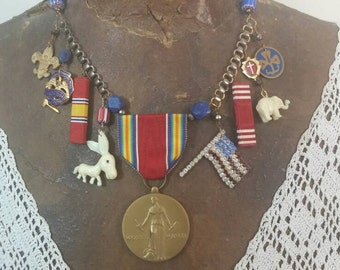 AMERICA the GREAT  vintage  assemblage antique patriotic USA necklace