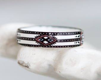 Enamel Ring Band - Size 9 - Boho Ethnic Pattern