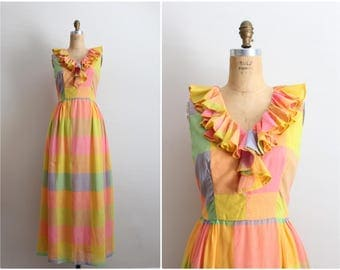 1970s Rainbow Maxi Dress / Julie Miller Dress / Plaid Maxi Dress / Ruffle dress / Size S/M
