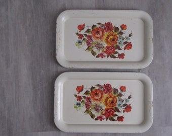 Vintage White/Cream Floral Metal TV Trays - Set of Two