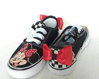 Sale* Minnie Mouse Sneakers size 11